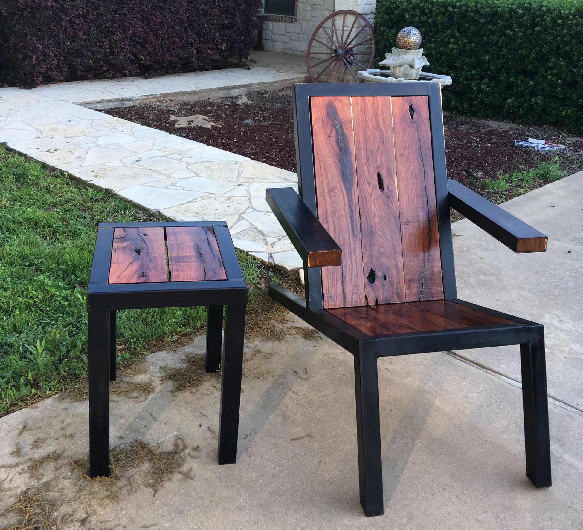 Krafts Log Works table and chair
