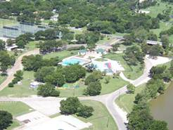 Aerial view of Taylor Aquatic Center located in Murphy Park